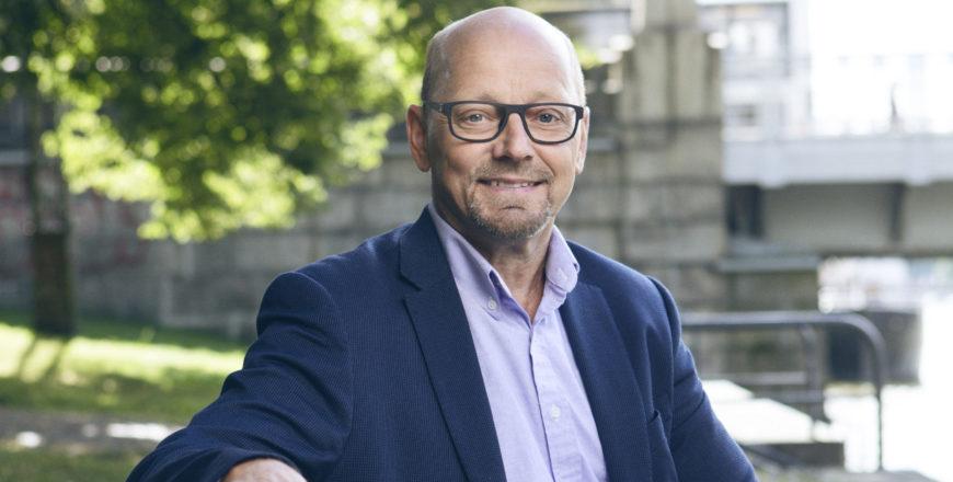Tapio Peltomäki, asiakastarina, hän neuvoo yrittäjiä tehdä suunnitelma eläkeajaksi